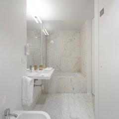 Отель Armazéns Cogumbreiro Португалия, Понта-Делгада - отзывы, цены и фото номеров - забронировать отель Armazéns Cogumbreiro онлайн ванная фото 2