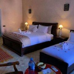 Отель Riad Koutoubia Royal Marrakech Марокко, Марракеш - отзывы, цены и фото номеров - забронировать отель Riad Koutoubia Royal Marrakech онлайн сейф в номере