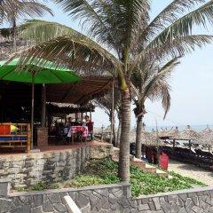 Отель Life Beach Villa гостиничный бар