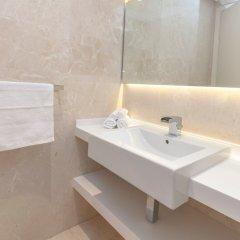 Отель Stunning 4 BDR Penthouse in Dubai Marina ванная фото 2