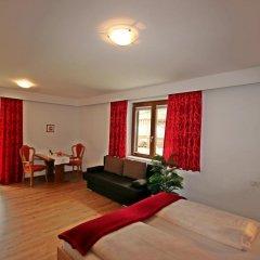 Отель Residence Karpoforus Лачес комната для гостей