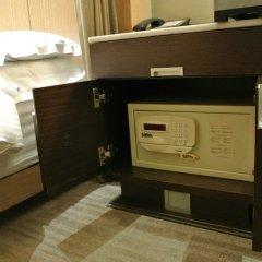 Отель City Suites Taipei Nanxi сейф в номере