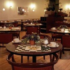 Отель Best Western Dam Square Inn питание