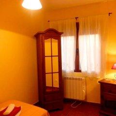 Отель House With 8 Bedrooms in Cenicientos, With Wonderful Mountain View and Furnished Terrace Эль-Баррако удобства в номере