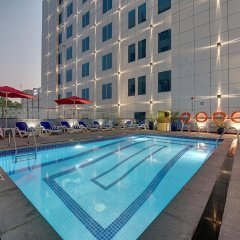 Отель Omega Hotel ОАЭ, Дубай - отзывы, цены и фото номеров - забронировать отель Omega Hotel онлайн бассейн