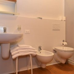 Отель Il Centrale Италия, Гризиньяно-ди-Дзокко - отзывы, цены и фото номеров - забронировать отель Il Centrale онлайн ванная фото 2