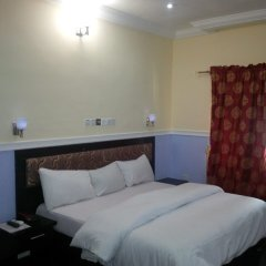 Отель Lush Suites Нигерия, Калабар - отзывы, цены и фото номеров - забронировать отель Lush Suites онлайн комната для гостей фото 2