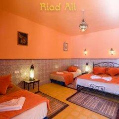 Отель Riad Ali Totmarroc Марокко, Мерзуга - отзывы, цены и фото номеров - забронировать отель Riad Ali Totmarroc онлайн комната для гостей фото 4