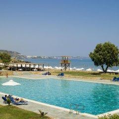 Отель Kernos Beach бассейн