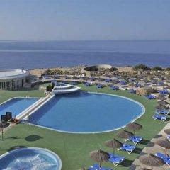 Отель Globales Almirante Farragut Испания, Кала-эн-Форкат - отзывы, цены и фото номеров - забронировать отель Globales Almirante Farragut онлайн бассейн фото 3