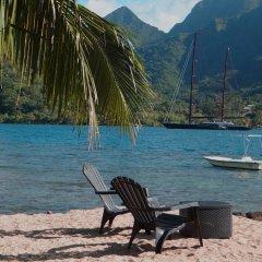 Отель Robinson's Cove Villas - Deluxe Wallis Villa Французская Полинезия, Муреа - отзывы, цены и фото номеров - забронировать отель Robinson's Cove Villas - Deluxe Wallis Villa онлайн пляж фото 2