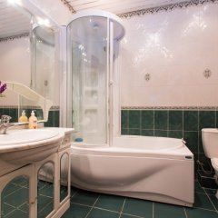 Гостиница Gilyarovskogo 4 Apartments Lux в Москве отзывы, цены и фото номеров - забронировать гостиницу Gilyarovskogo 4 Apartments Lux онлайн Москва ванная