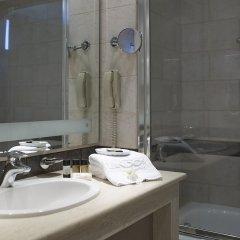 Отель Mitsis Lindos Memories Resort & Spa Греция, Родос - отзывы, цены и фото номеров - забронировать отель Mitsis Lindos Memories Resort & Spa онлайн ванная