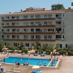 Отель RVhotels Apartamentos Lotus Испания, Бланес - отзывы, цены и фото номеров - забронировать отель RVhotels Apartamentos Lotus онлайн бассейн