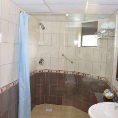 Отель Sentrim Elementaita Lodge Кения, Накуру - отзывы, цены и фото номеров - забронировать отель Sentrim Elementaita Lodge онлайн ванная фото 2