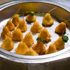 Aiyara Grand Hotel питание фото 3