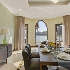 Отель Bespoke Residences-Luxury Frond A Villas в номере