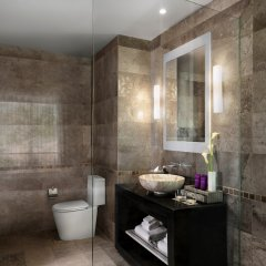 Отель Avani+ Samui Resort ванная