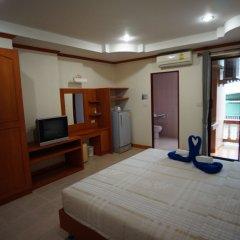 Апартаменты Mala Apartment пляж Ката комната для гостей фото 2