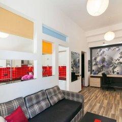 Гостиница Modern Properties Lviv комната для гостей