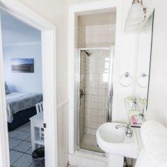 Отель Venice on the Beach Hotel США, Лос-Анджелес - отзывы, цены и фото номеров - забронировать отель Venice on the Beach Hotel онлайн ванная фото 2