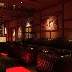 Отель The LaLiT Mumbai гостиничный бар