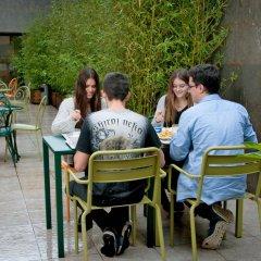Отель Barcelona Pere Tarrés Hostel Испания, Барселона - 7 отзывов об отеле, цены и фото номеров - забронировать отель Barcelona Pere Tarrés Hostel онлайн питание фото 3