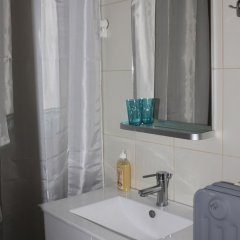 Апартаменты Cheery Apartment in the Center of Athens Афины ванная