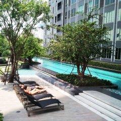 Отель Sukhumvit New Room BTS Bangna Таиланд, Бангкок - отзывы, цены и фото номеров - забронировать отель Sukhumvit New Room BTS Bangna онлайн бассейн фото 3