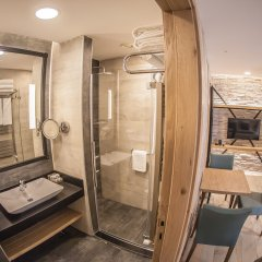 Бутик- Cuci Hotel di Mare - Bayramoglu Турция, Гебзе - отзывы, цены и фото номеров - забронировать отель Бутик-Отель Cuci Hotel di Mare - Bayramoglu онлайн ванная