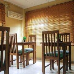 Отель Sweet Dreams Hotel Нигерия, Калабар - отзывы, цены и фото номеров - забронировать отель Sweet Dreams Hotel онлайн питание