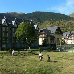Отель Aparthotel La Vall Blanca Испания, Вьельа Э Михаран - отзывы, цены и фото номеров - забронировать отель Aparthotel La Vall Blanca онлайн с домашними животными