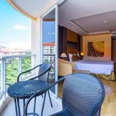 Отель Nova Gold Hotel Таиланд, Паттайя - 10 отзывов об отеле, цены и фото номеров - забронировать отель Nova Gold Hotel онлайн балкон