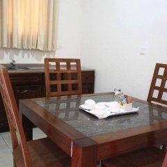 Отель Coconut Grove Beach Resort удобства в номере