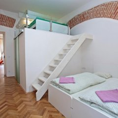 Апартаменты Apartment - The Modern Flat сейф в номере