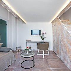 Отель Athina Luxury Suites Греция, Остров Санторини - отзывы, цены и фото номеров - забронировать отель Athina Luxury Suites онлайн комната для гостей фото 5