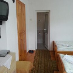 Отель Guest House Stoletnika Болгария, Чепеларе - отзывы, цены и фото номеров - забронировать отель Guest House Stoletnika онлайн комната для гостей фото 5
