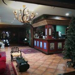 Отель Suite Aparthotel El Refugio de Aran Vielha интерьер отеля