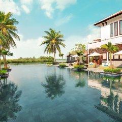 Отель Hoi An Beach Resort бассейн фото 3