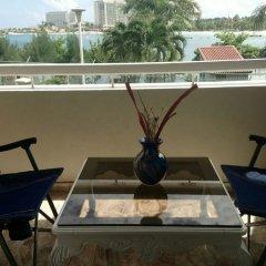 Отель Fisherman's Point Holiday Ямайка, Очо-Риос - отзывы, цены и фото номеров - забронировать отель Fisherman's Point Holiday онлайн балкон