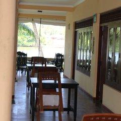 Отель Queen River Inn Шри-Ланка, Берувела - отзывы, цены и фото номеров - забронировать отель Queen River Inn онлайн питание
