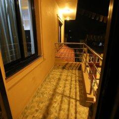 Отель Dhargye Khangsar Непал, Катманду - отзывы, цены и фото номеров - забронировать отель Dhargye Khangsar онлайн балкон
