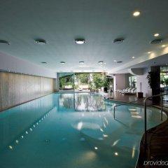 Отель L'Albereta, Relais & Chateaux бассейн