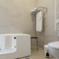 Отель Quinta de Santa Bárbara Casas Turisticas ванная фото 2