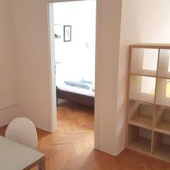 Отель Sobieski Donaukanal Apartments Австрия, Вена - отзывы, цены и фото номеров - забронировать отель Sobieski Donaukanal Apartments онлайн комната для гостей фото 3