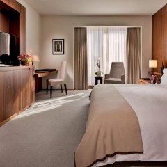 Отель The Langham, New York, Fifth Avenue Улучшенный номер с различными типами кроватей фото 4