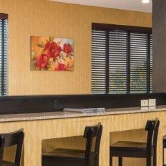 Отель Holiday Inn Express and Suites Lafayette East питание фото 3