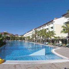 Sural Resort Hotel бассейн