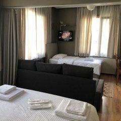 Апартаменты Topkapi Apartments Стамбул комната для гостей фото 2