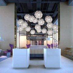 Отель YOTEL Singapore Orchard Road гостиничный бар